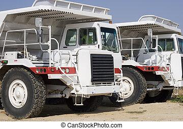 Mineração, caminhões
