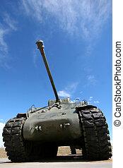 Tank - Millitary armoured tank