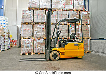 Forklifter export - Yellow fork lifter truck and cargo boxes