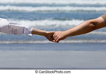 Honeymooners hands