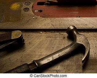 métal, marteau