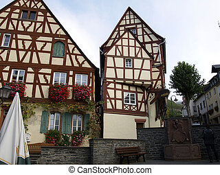too half-timbered house in Reihnland Pfalz