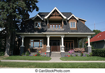 Single family home - Very nice old style house. Residential...