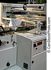 Aluminum packing - Automated packaging machine for aluminum...