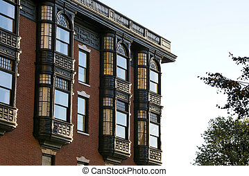 old brownstone - Upper floors of old brownstone apartment...