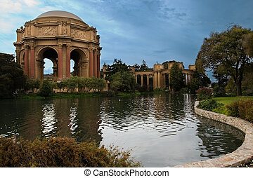 San Francisco Beauty - Around the grounds at the Palace of...