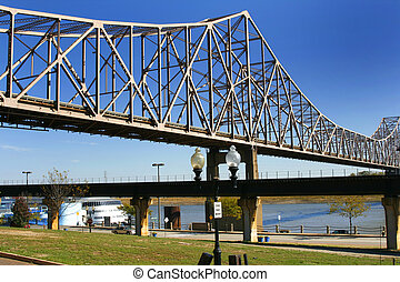 Bridge over Mississippi River in St. Louis - Close up on the...