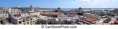 Old Havana panorama - Panoramic view of old Havana buildings...