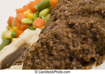meatloaf with mashed potatoes and vegetables - meatloaf with...