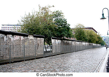 Berlin Wall Germany - A general view of the Berlin Wall seen...