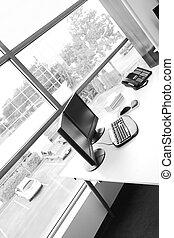 辦公室, 書桌