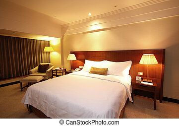 Cozy Room - Spacious and nicely deocrated room. Brown Theme