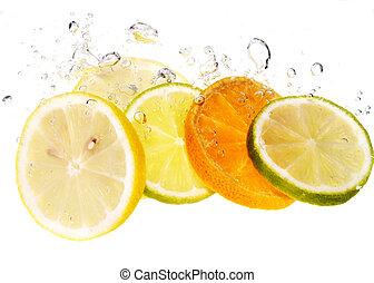 Citrus fruits - Splash slice of citrus to water