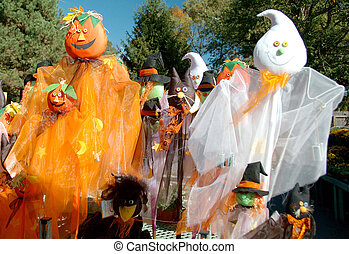 The Spooky Crowd - Halloween decorations