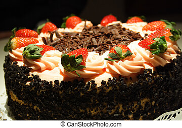 Cake - Strawberry cake with chocolate flakes