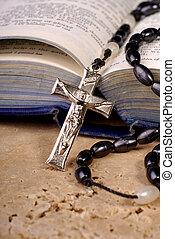 biblia, y, crucifijo