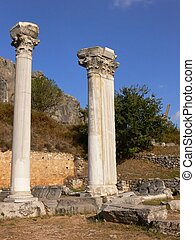 Two column in Ephesus. - In the ruins from Ephesus there are...