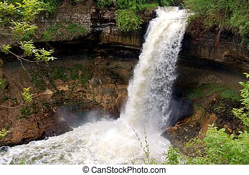 Minnehaha Falls in Minneapolis, MN