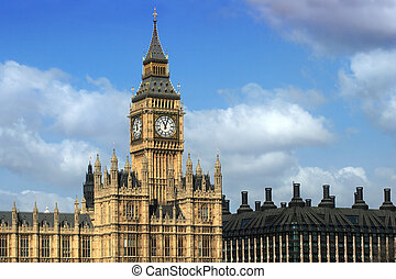 View of Big Ben - Big Ben and the Parliament buildings in...