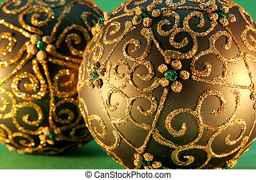 Christmas balls ornamen - Christmas balls with gold ornament...