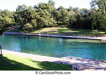 Barton Springs Pool in Au - A nice shot of Barton Springs...