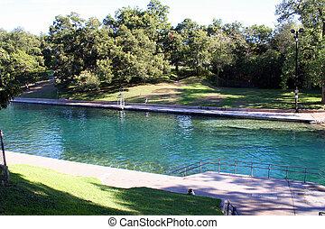 Barton Springs Pool in Au