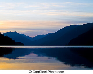 Lake Sunrise - The sunrise over a lake in the Pacific...