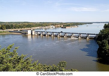 Illinois River Dam - Lock and dam at the Illinois River;...