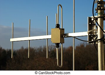 UHF antenna - A UHF short yagi for 70 cm amateur radio NEF...