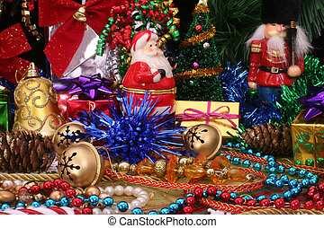 Christmas Decortations - Christmas Ornaments and Decorations...