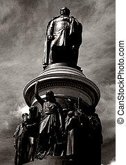 Danile OConnell Statue - The Daniel OConnell statue pictured...