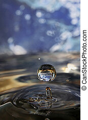 Drops in space - Here are the pure drops of water, the rest...