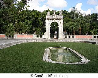 Vizcaya Museum and Garden - Vizcaya Museum Garden in Miami,...