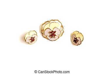 Brooch whit earrings - Two ear rings and an brooch in flower...