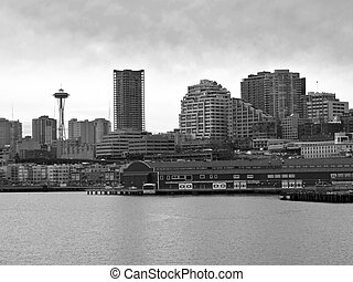 Seattle Skyline - The Seattle skyline and waterfront in...