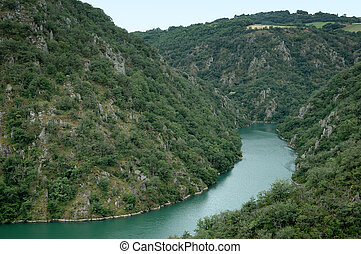Tarn River - Les Raspes in Aveyron - A section of Les Raspes...