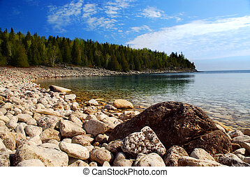Lake landscape - Clear waters of Georgian Bay at Bruce...