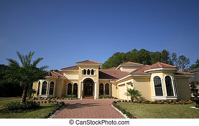 Florida Home - Wide angle shot of luxurious Florida home