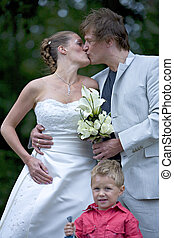 Wedding couple kissing - pictures shooten on a wedding day...