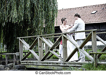 Bridal couple posing - pictures shooten on a wedding day...