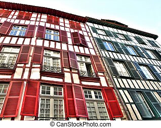 Colorful houses - Colorful house in Bayonne France
