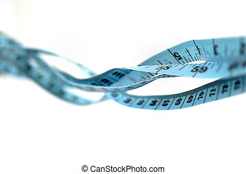 tape measure - tangled tape measure; differential focus