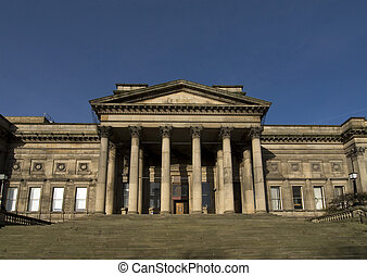 Liverpool Museum - The entrance to Liverpool museum with a...