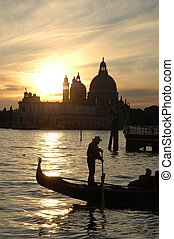 Sunset on Venice bay - Whilst the sun falls behind the...
