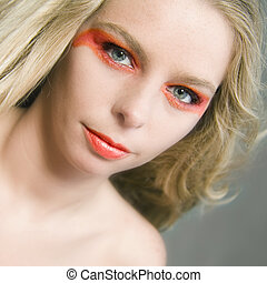 Extreme make-up - Studio portrait of a beautyfull blond...