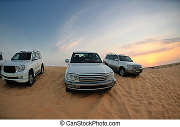 desert safari vehicles - Desert Safari - Off-road jeep...