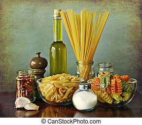 Italian recipe:aglio, olio e peperoncino (garlic, oil and...