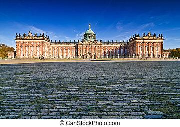 Sanssouci palace in Potsdam - New Sanssouci palace in...