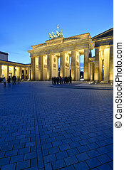 brandenburger to, berlin - tourists in front of...