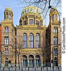 new synagogue in Berlin - front view of new synagogue in...